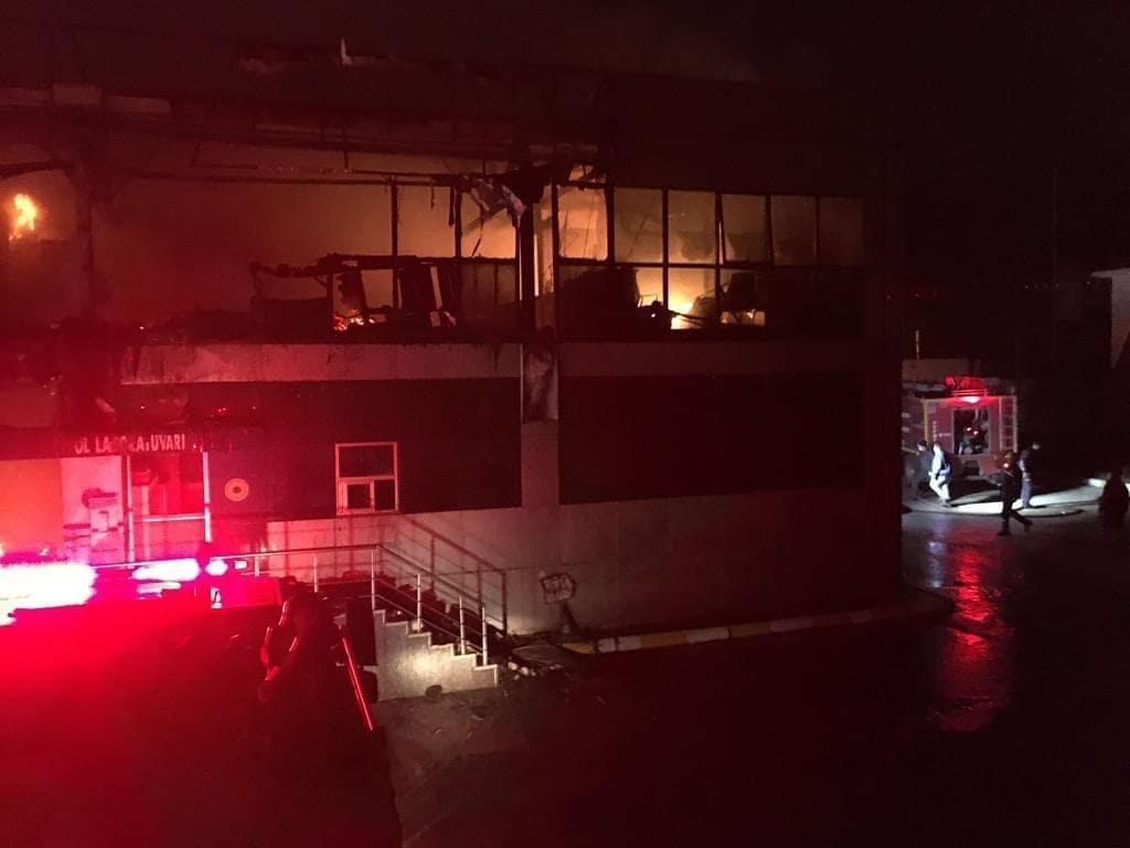 Büyükşehir İtfaiyesinden Yangına Anında Müdahale