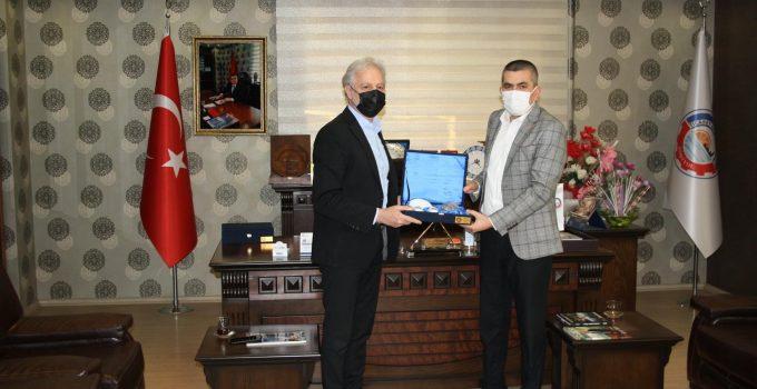 İTSO Başkanı Yılmaz'dan Dörtyol Ticaret ve Sanayi Odası'na Nezaket Ziyareti