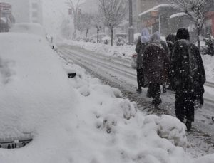 Meteoroloji'den Hakkari, Van ve Şırnak için yoğun kar yağışı uyarısı