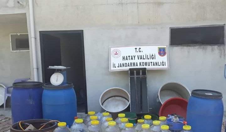 Kaçak Alkol Üretimi Yapan Eve Baskın